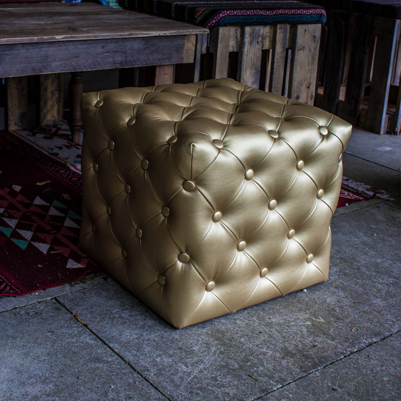 Gold Cube Seat